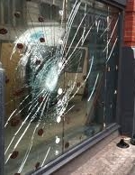 shop emergency glaziers manchester