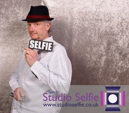 http://studioselfie.co.uk/