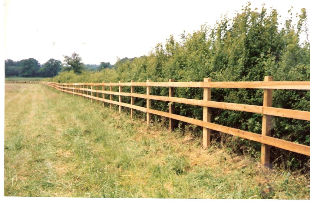 Cleft Chestnut Fencing Supplies Cleft Chestnut Post And