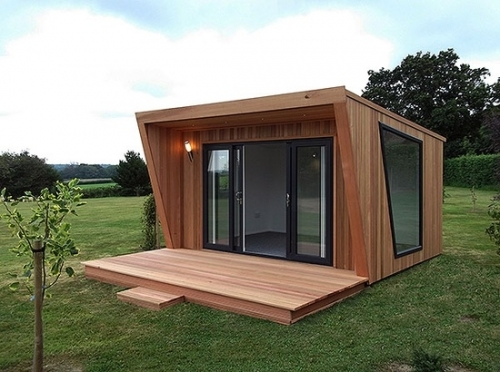 Details for green retreats ltd in coopers yard radclive for Garden rooms uk ltd