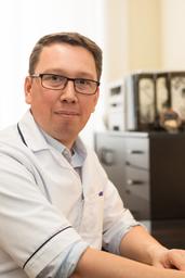 Cyrille Bonnard - Acupuncturist