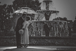 Scunthorpe Wedding Photography Lincolnshire Central Park Fountain