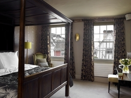The Great House Four Poster Bedroom
