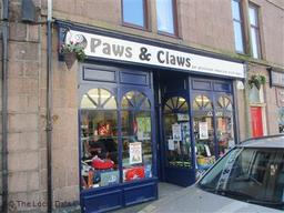 Paws & Claws Pet Shop