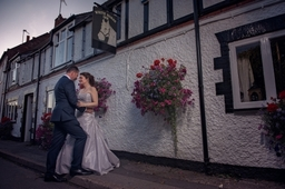 Nottinghamshire Wedding Photographer Kristy James Wedding In Misson Near Bawtry The White Horse Inn