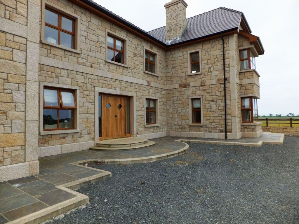 Anthonys masonry building services 37 pearse park for Building a stone house