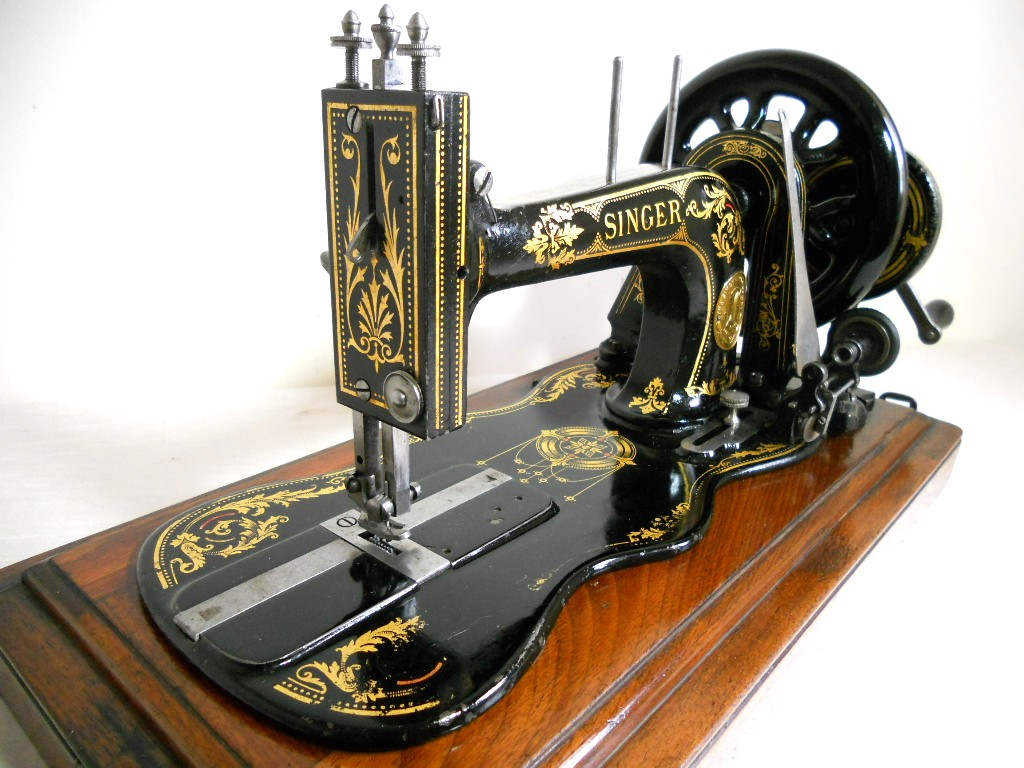 Center Manufacturing Company: Standard Sewing Machine