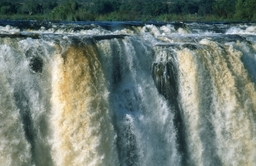 Victoria Falls, Zambia. © Martin Harvey / AfriPics