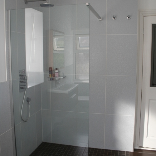 South Manchester Bathrooms Ltd Bathroom Angels In 210 Marsland Road Sale Cheshire M33 3na