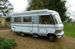 4 Berth Mercedes Hymer S550 Motorhome for Hire