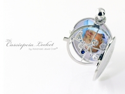 Cassiopeia Locket in 18ct White Gold with Diamonds and Sapphire