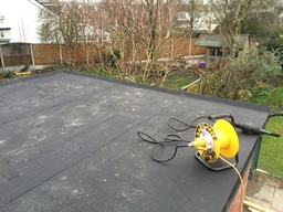 Rubber membrane flat roof