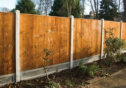Finished Feather Edge Fence
