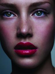 Make up Lipstick & Curls