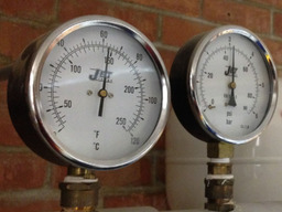 Commercial Pressure Gauges