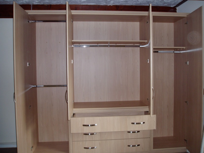 Willows kitchens bathrooms in 34 borron road newton le for R f bathrooms and kitchens
