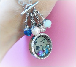 Jazz up your locket with Dangle Charms