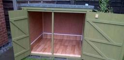 Sulcata tortoise kennel open doors