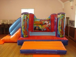 Large indoor scooby doo castle with slide