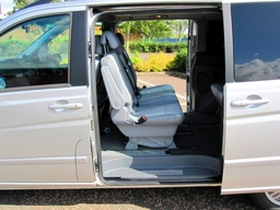 Mercedes Viano Executive MPV Car