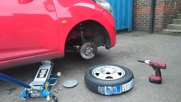 Tyre Fitting And Repair On Site
