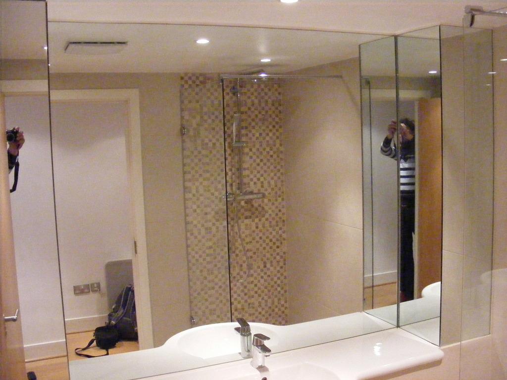 London Bathroom Fitters In