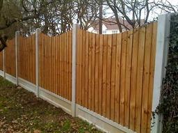 Finished Wavy Cut Closeboard Fence