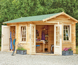 Pickering corner log cabin