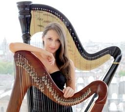 Seana Irish Harpist Pianist Dancer
