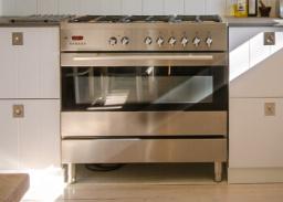 Kitchen appliances repair /hubs, ovens, microwaves