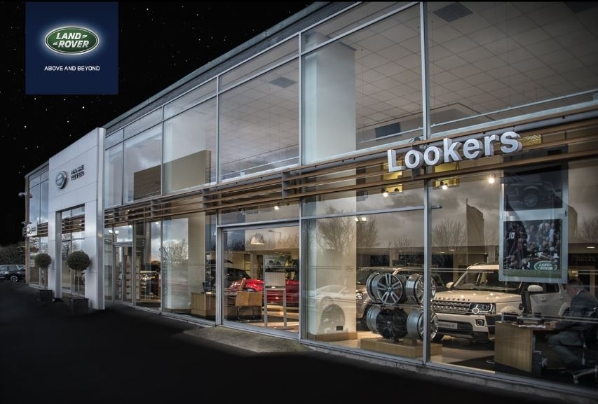 lookers land rover chelmsford cuton hall lane. Black Bedroom Furniture Sets. Home Design Ideas