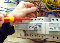 Electricians - The Build Pros