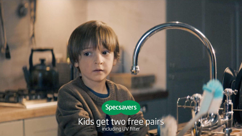specsavers opticians portsmouth commercial road commercial  image