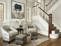 Welcoming an inviting entrance hall that radiates