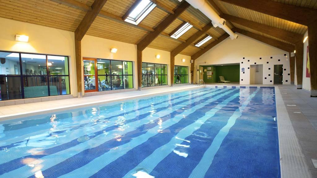 Details For Nuffield Gym In Stoop Memorial Ground Langhorn Drive Twickenham Middlesex Tw2