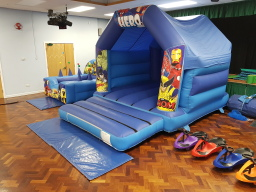 Heroes bouncy castle hire in Sheffield