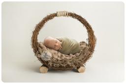 quorn newborn photographer