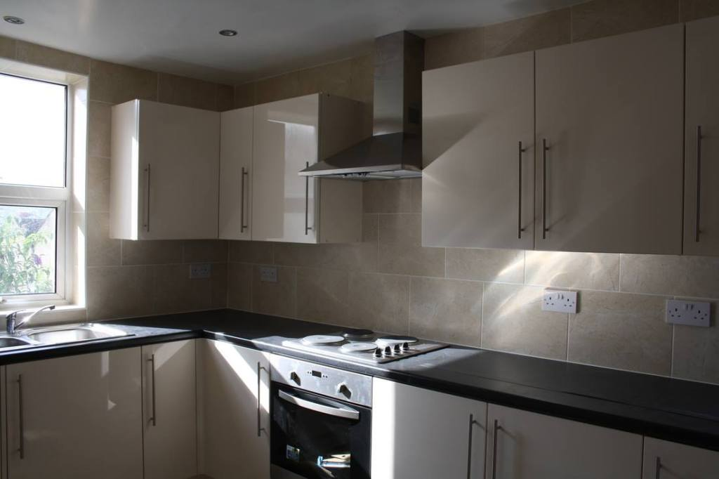 Local Contractors Who Install New Kitchen