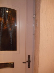 Lock-on Security. Locksmith Portsmouth. 24 Hour Em