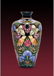 Moorcroft Pottery Limited Edition Nightingale Vase P2007 11893 Zoom