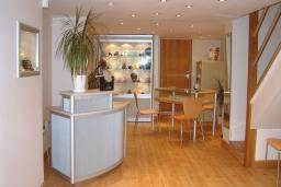 Aurum designer-jewellers in Worthing, West Sussex. Visit the showroom to discuss ideas for unique handmade  jewellery.