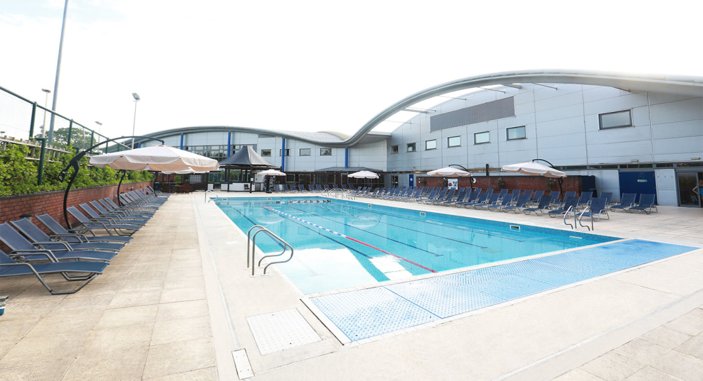 David lloyd cheadle in royal crescent cheadle royal cheadle sk8 3fl for Outdoor swimming pool leicester