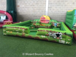 14 x 14ft Farmyard Soft Play arena