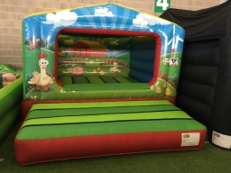 10.5 x 14.5ft Farmyard Box Bouncy Castle