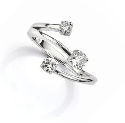 Unusual bespoke diamond ring