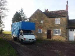 Removals Hull at a remote country farm house