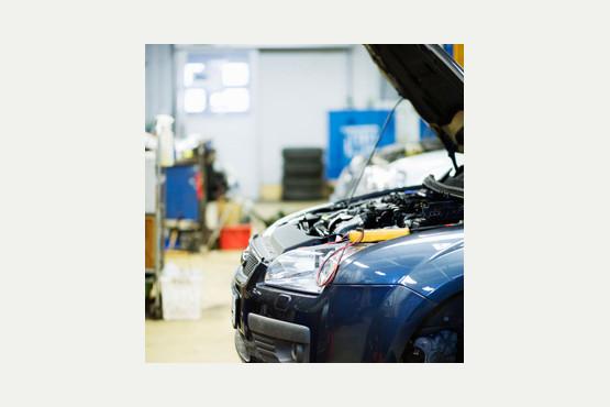 Hallcroft service centre unit 2 block 9 aurillac way for Garage automobile aurillac