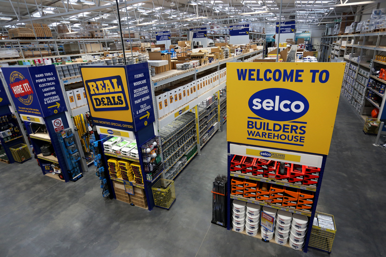 Selco Dulux Trade Paint