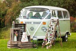 Buttercup Bus - Surrey wedding campervan hire