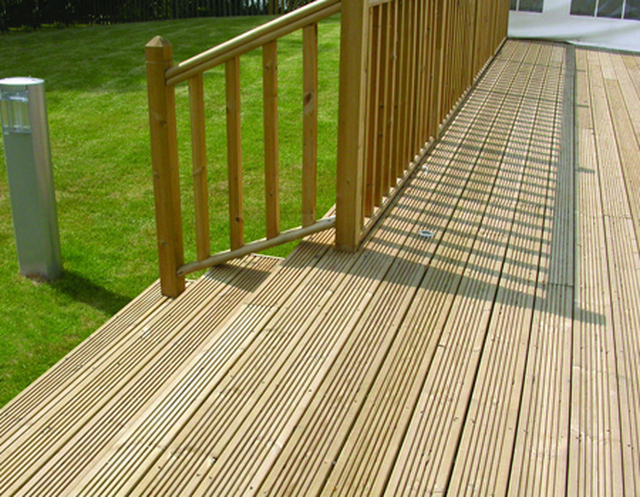 Details for stormsafe fencing in 8 beechfield close for Garden decking and fencing